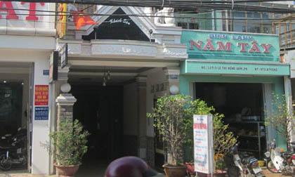 Vợ chồng Việt kiều Mỹ báo mất 9.000 USD trong khách sạn