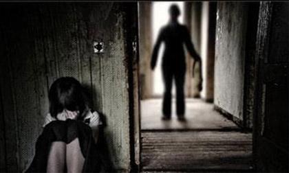 Xét xử kín thanh niên 'quan hệ' với 2 nữ sinh lớp 8