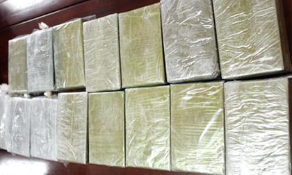Điện Biên: Nổ súng khống chế 2 đối tượng tàng trữ 6 bánh heroin