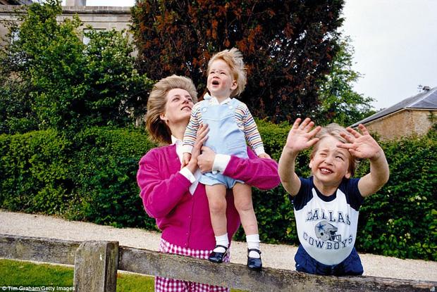 Bộ ảnh Công nương Diana từ thuở thiếu thời chưa từng được biết đến trước đây - Ảnh 12.