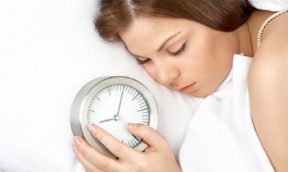 Ngủ 'nướng' mùa đông và những tác hại khôn lường
