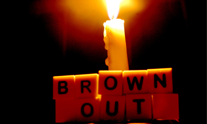 """Đừng để Brownout biến chúng ta thành những """"zombie công sở"""""""