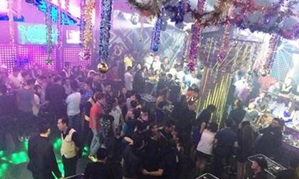 Cảnh sát đột kích quán bar, hàng trăm khách nháo nhào bỏ chạy
