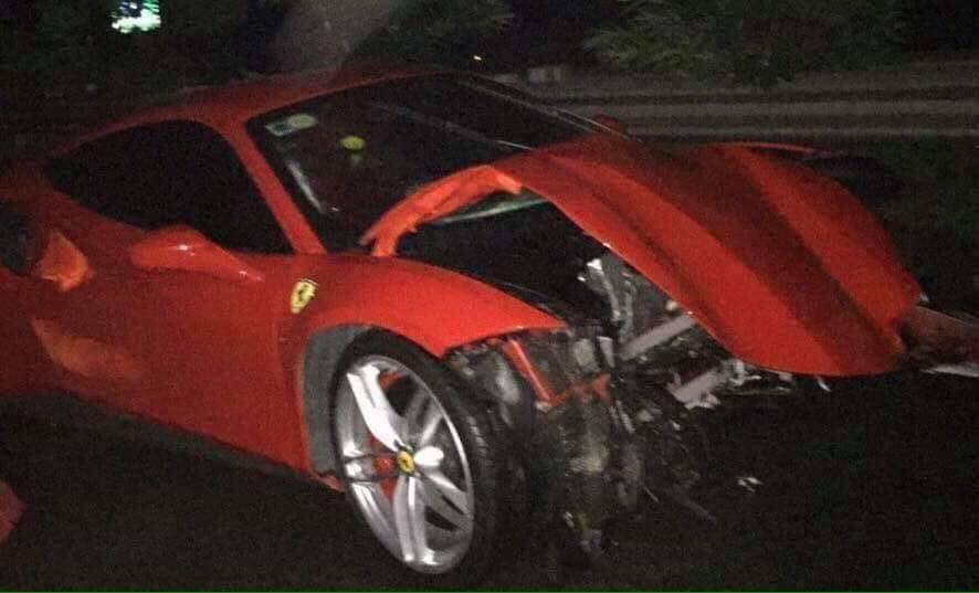 Siêu xe 15 tỷ của Tuấn Hưng gặp tai nạn nát đầu ở Phú Thọ - 2