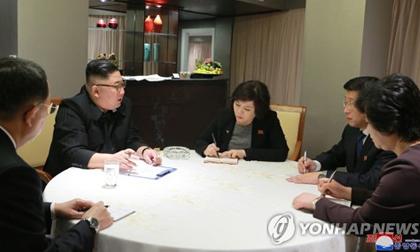 Triều Tiên tiết lộ điều đầu tiên ông Kim Jong Un làm khi đến Hà Nội