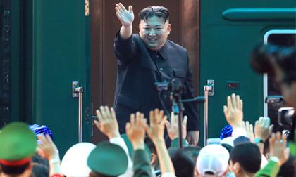 Ông Kim Jong un lên tàu về nước sau chuyến công du tại Việt Nam