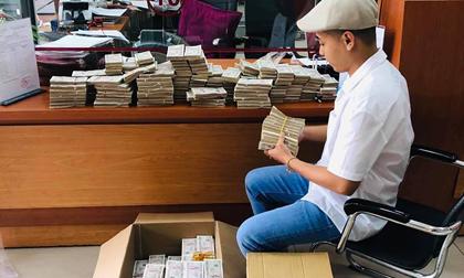 Soái ca tiền lẻ mang 200 triệu đi gửi tiết kiệm và cái kết toát mồ hôi cho nhân viên ngân hàng