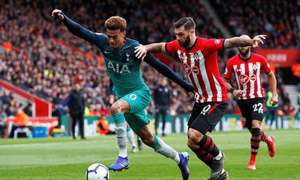 Thua đau Southampton, Tottenham trao cơ hội bằng vàng cho Man United