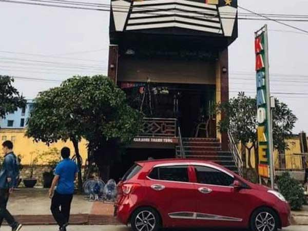 Say rượu đi tìm xe, nam thanh niên đâm 2 nhân viên quán karaoke ở Quất Lâm