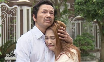 Xem phim Về nhà đi con, tôi khóc òa cay đắng cho cuộc đời chết mòn của mình