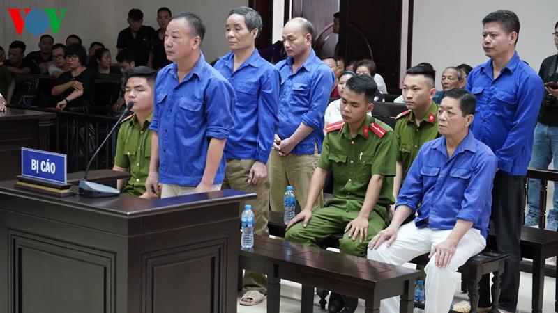 Xét xử vụ bảo kê chợ Long Biên: 'Hưng kính' đổ lỗi cho đàn em