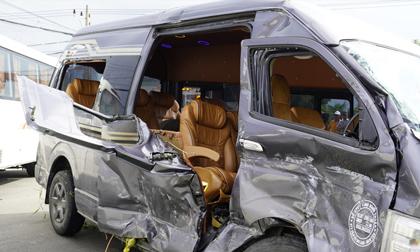 Lại tai nạn xe khách 45 chỗ tông xe 'Limousine' chở 9 hành khách