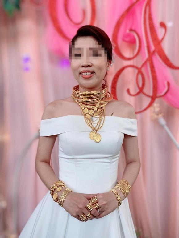 Dân mạng choáng váng với của hồi môn tính vội cũng được hơn 1kg vàng của cô dâu trẻ ở Trà Vinh-2