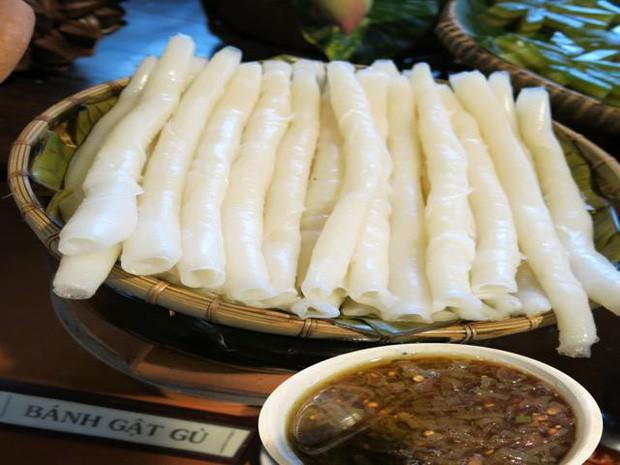 Những loại bánh có tên gọi cực kỳ lạ và độc đáo ở Việt Nam - Ảnh 1.