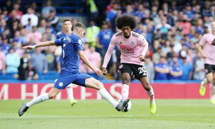 Tân binh tỏa sáng, Chelsea vẫn bị Leicester cầm hòa ngay trên sân nhà