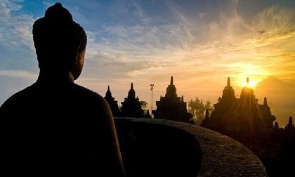 Phật dạy: Ở đời có 3 loại bố thí giúp con người công đức viên mãn