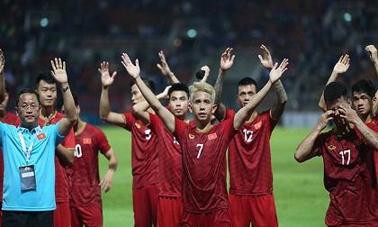 Tuyển Việt Nam đấu Malaysia: Thầy Park 'xử lý' Công Phượng, Văn Toàn