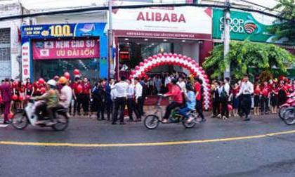 Lý giải nhân viên 'sống chết' với địa ốc Alibaba và Nguyễn Thái Luyện