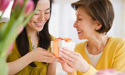 Phụ nữ có 3 đặc điểm này, mẹ chồng khó tính, ghê gớm đến mấy cũng tôn trọng, yêu thương như con gái ruột
