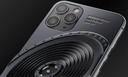 iPhone 11 Pro đính mảnh vỡ tàu vũ trụ và tàu Titanic, giá gần tỷ đồng