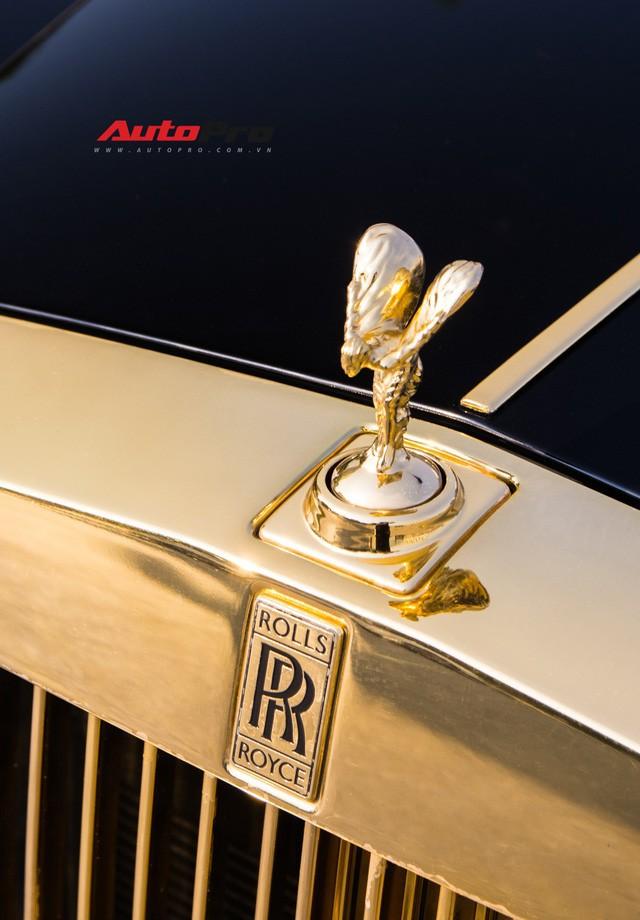 Khám phá Rolls-Royce Phantom độ phiên bản rồng, mạ vàng giá 15 tỷ tại Hà Nội - 4