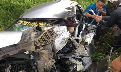Đồng Nai: Đối đầu xe tải trên quốc lộ 20, ô tô 4 chỗ nát đầu, 2 người thương vong