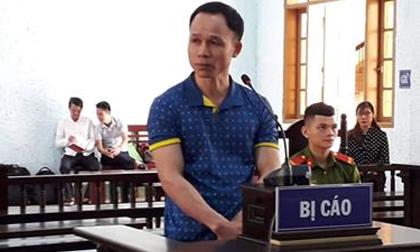 Thầy giáo lãnh án hơn 8 năm tù vì hiếp dâm học sinh