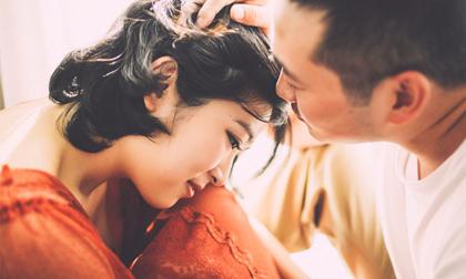 Đàn ông nhìn vết mổ, vết rạn trên người vợ mà rơi nước mắt là người đàn ông đáng trân trọng cả đời