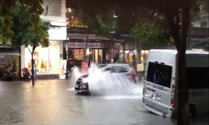 Dự báo thời tiết 16/10, không khí lạnh gây mưa lớn ở Trung Bộ