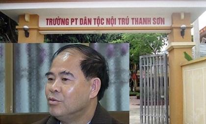 truy-to-cuu-hieu-truong-2-toi-danh-dam-o-va-giao-cau-voi-7-nam-sinh-344399.html