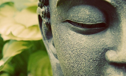 Phật dạy: Rượu có 30 tác hại khôn lường, chỉ phạm 10 điều thôi cũng đủ tan nhà nát cửa