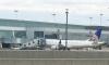 Hành khách bất tỉnh do máy bay quên đóng cửa sổ?
