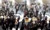 Trung Quốc: Người nhà nạn nhân bị thang cuốn nuốt đem quan tài diễu phố