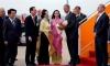 Profile của cô gái xinh đẹp tặng hoa sen cho Tổng thống Obama tại Tân Sơn Nhất