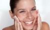 Mẹo giúp bạn không bị bong tróc da khi trang điểm
