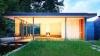 Không gian tràn ngập ánh sáng tại ngôi nhà nhỏ trong rừng