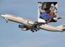 Khử trùng máy bay vì hành khách nghi nhiễm Ebola đột tử
