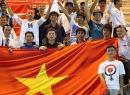 CĐV Việt ở Brunei 'cháy' cùng U19 Việt Nam