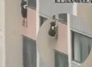 Thót tim cảnh bé gái 4 tuổi rơi từ tầng 6 khách sạn