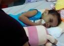 Bé 4 tuổi bị đánh biến dạng: Có tiền, tình thương lại ngập tràn?