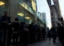 Người dân khắp thế giới đổ về Úc, dựng lều mua iPhone 6