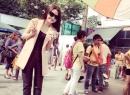 Trà Ngọc Hằng bất ngờ xuất hiện nữ tính, thanh lịch trên phố