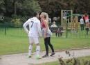 Ronaldo 'nhái' lừa lấy nụ hôn của các cô gái lạ