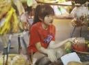Nữ MC Việt xinh xắn khiến một chàng trai bị 'ném đá'