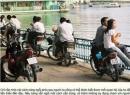 Thú vị chuyện 'yêu đương' trên xe máy của người Hà Nội