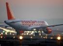 Cơ trưởng EasyJet xin hành khách bỏ chuyến vì máy bay quá nặng