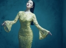 Linh Nga đẹp xao lòng với thiết kế đầm ánh kim