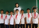 Hình ảnh Công Phượng đeo khăn quàng đỏ thời học sinh gây 'sốt'