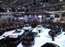 Choáng với cách đại gia chi tiền mua xe hơi tại triển lãm ô tô Việt