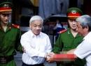 Toàn cảnh xử phúc thẩm 'bầu' Kiên: Bị án Trần Ngọc Thanh choáng ngất tại tòa